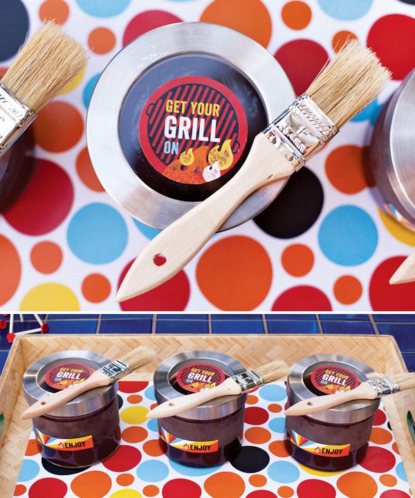 summer-bbq-party-bbq-sauce-favors