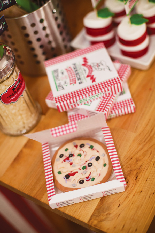 cookie-pizza-favors
